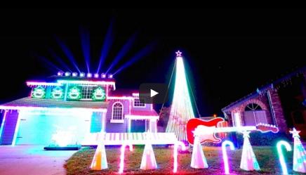 """""""Star Wars"""" Christmas Light Show"""