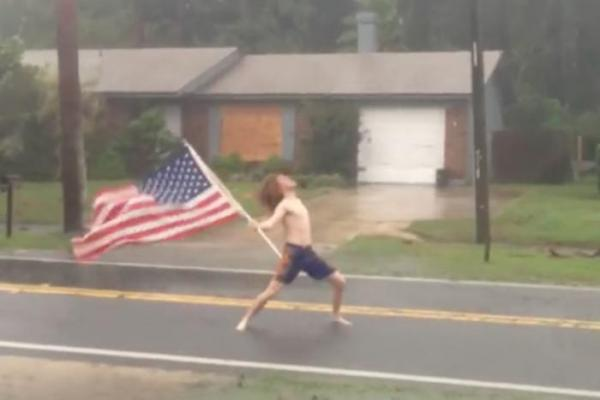 While Most People Were Fleeing Hurricane Matthew... There Was This Guy